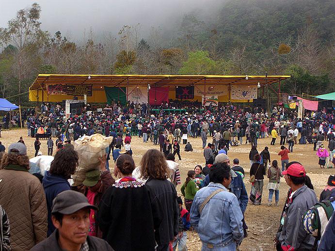 Encuentro de los Pueblos Zapatistas con los Pueblos del Mundo en Oventik © SIPAZ