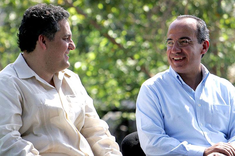 Juan Sabines y Felipe Calderón © México, Presidencia de la República