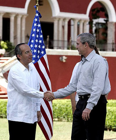 Presidentes Bush (EEUU) y Calderón (México) © US State Department