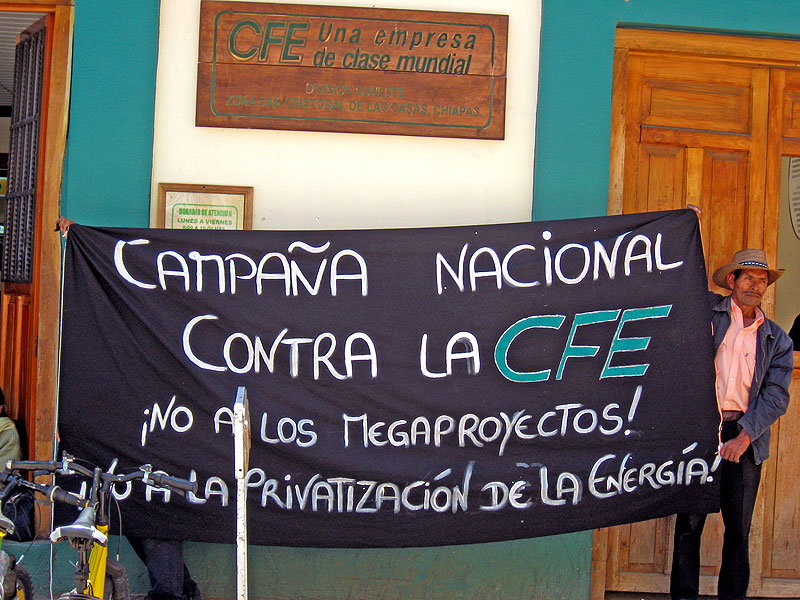 Campaign against the Federal Electricity Commission (CFE) in San Cristóbal de las Casas© SIPAZ