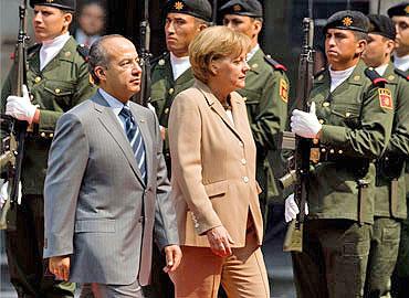 La Canciller alemana Angela Merkel y el Presidente de México Felipe Ignacio Calderón © Esmas.com