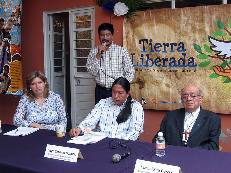 Presentation of the annual report of the Fray Bartolomé de las Casas Center for Human Rights, May 2010 © SIPAZ