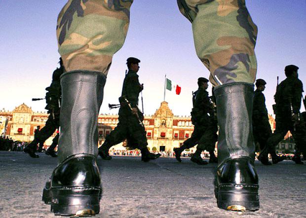 Soldiers in Mexic City © elciudadano.cl