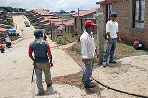 Construction-work in the rural city Nuevo Juan Grijalva © zapateando.wordpress.com