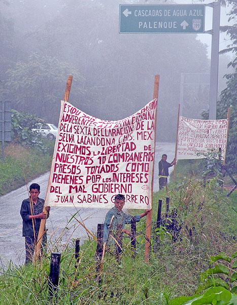 Communal land owners rallying in San Sebastián Bachajón, February 2011 © Friar Bartolomé de las Casas Human Rights Center