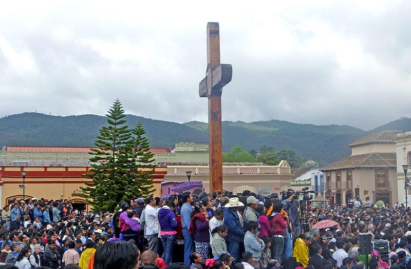 Funeral of Don Samuel Ruiz García, Plaza de la Paz, San Cristóbal de Las Casas, January 26th, 2011 © SIPAZ