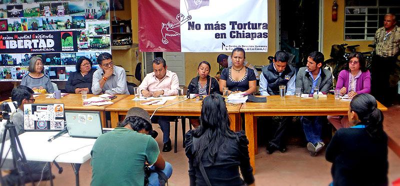 """Presentación del informe """"De la Crueldad al Cinismo"""" © SIPAZ"""