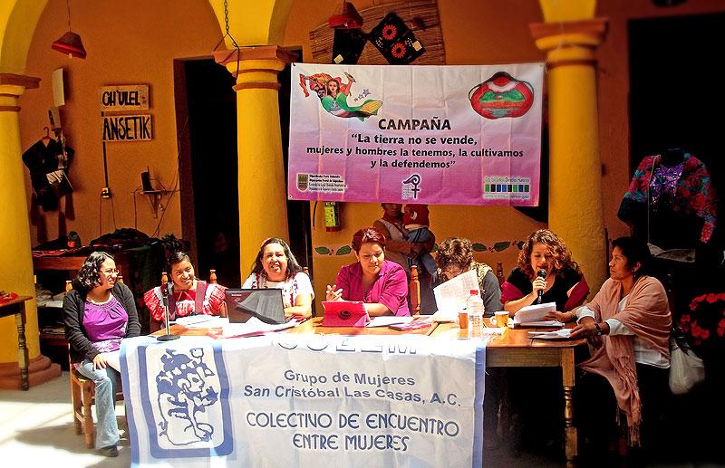 Public presentation of the report on CEDAW in San Cristobal de las Casas © SIPAZ