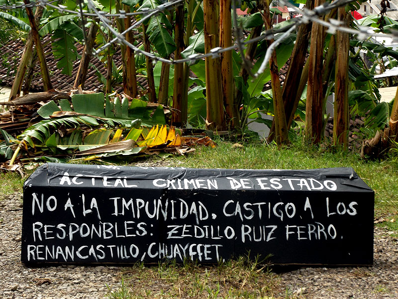March by Las Abejas against impunity, August 2012 © SIPAZ