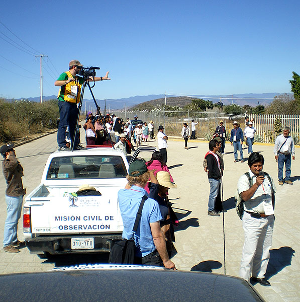 Civil observation mission to San José del Progreso, November 2012 © SIPAZ