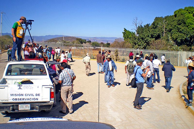 Misión de Observación a la minería en San José del Progreso, Oaxaca, 19 a 21 de noviembre de 2013 © SIPAZ