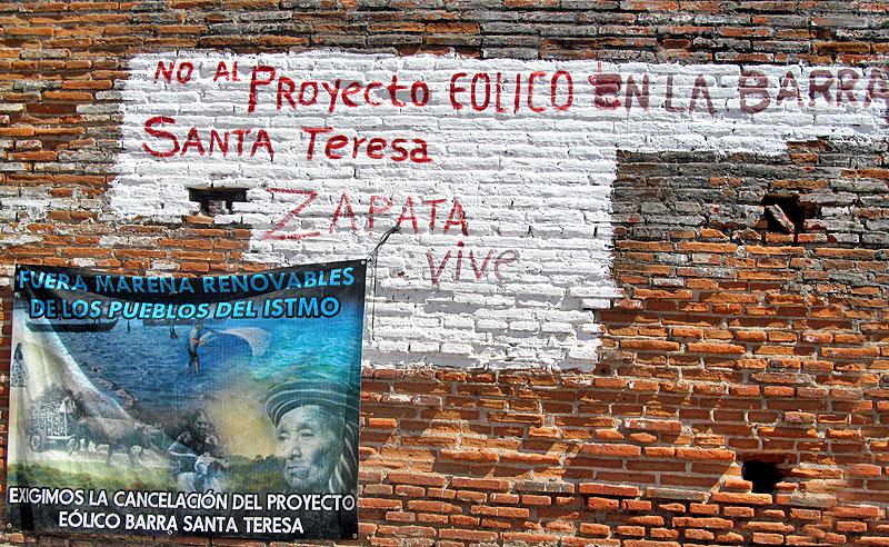 Consignas en contra del parque eólico Barra Santa Teresa © Tierra y Territorio
