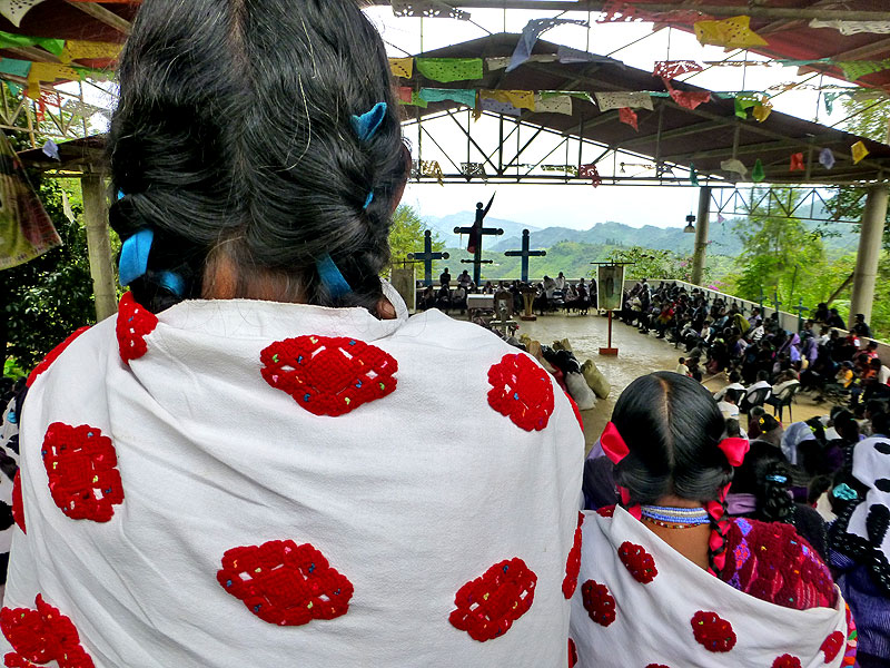 Arrival of displaced people from Colonia Puebla in the community of Acteal, August 26 © SIPAZ