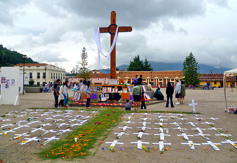 Commemoration of murdered women in Chiapas, 1 and 2 November, San Cristobal de Las Casas © Campaign Against Violence Against Women and Femicide in Chiapas