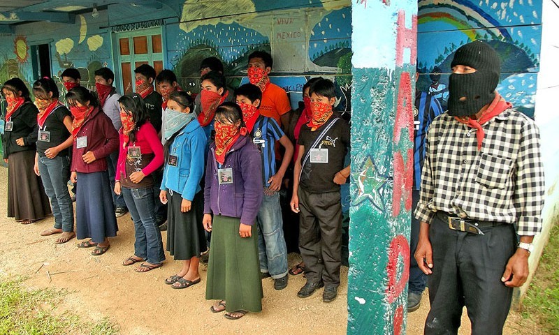 "Zapatista autonomous high school, during the ""little school,"" August 2013 © SIPAZ"