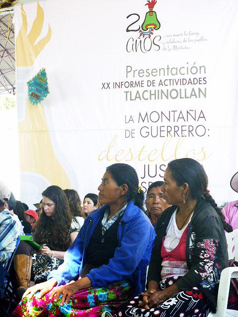 """Foro """"Desde el corazón comunitario de las resistencias"""", Aniversario de Tlachinollan, julio de 2014"""" © SIPAZ"""