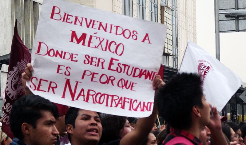 Ayotzinapa March in Mexico City, November 20, 2014 © SIPAZ