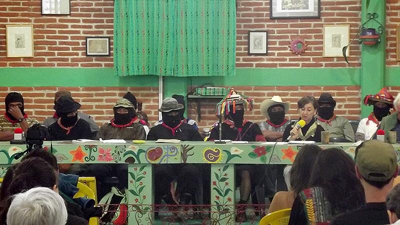 """Seminario """"El Pensamiento Crítico frente a la Hidra Capitalista"""", mayo de 2015 © SIPAZ"""