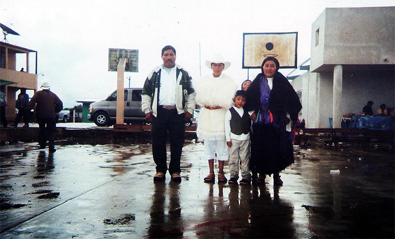 Regresando a la Comunidad © Voces mesoamericanas